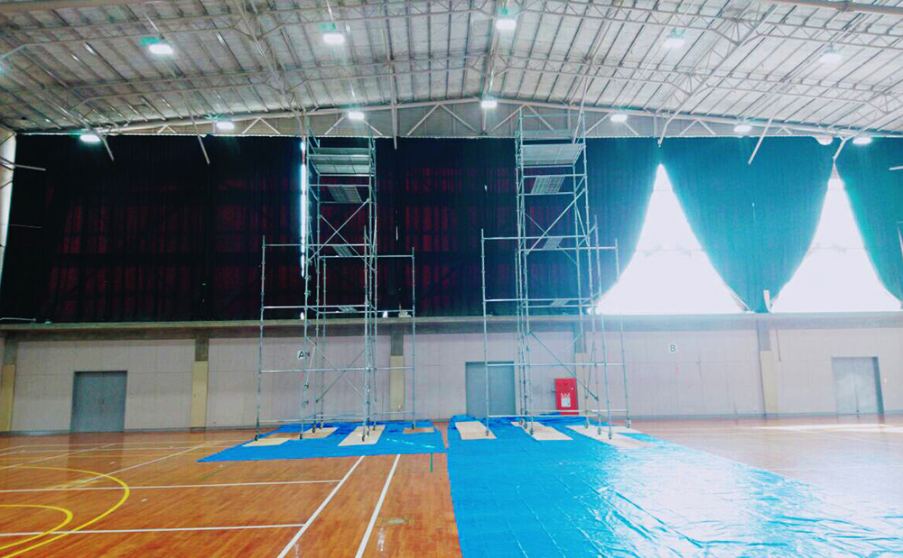 体育館のLED照明交換工事