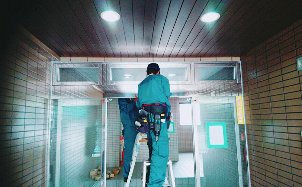 マンションのオートドア(自動ドア)修理